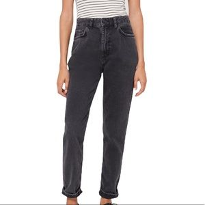 NWT - BDG HIGH-WAISTED MOM JEAN – WASHED BLACK DENIM by Urban Outfitters